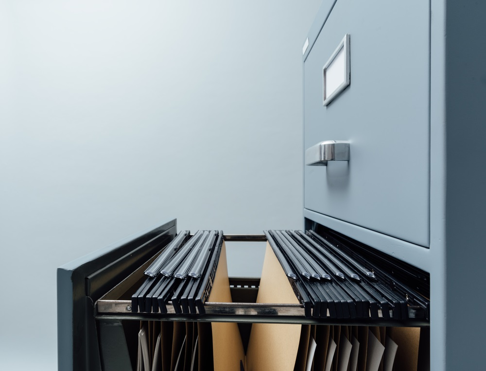 Employees can see their personnel files, whatever the motive.